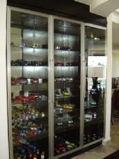 Book shelfs and built in cupboards in pretoria for Kitchen installers gauteng